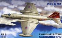 Самолет E.E.Canberra T.17