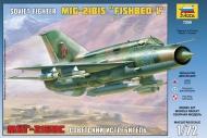 Самолет МиГ-21БИС