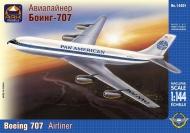 Авиалайнер Боинг-707